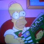 Bild von Homer wie er das MAD Heft liest