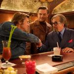 Szene mit Brad Pitt, Leonardo DiCaprio und Al Pacino