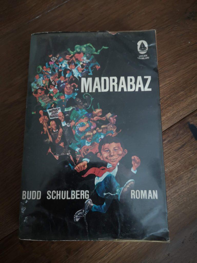 Türkisches Buch mit MAD Cover